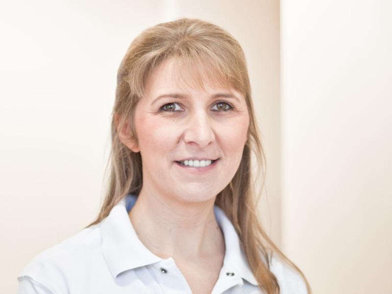 Frau Ponkratov - Med. Fachangestellte